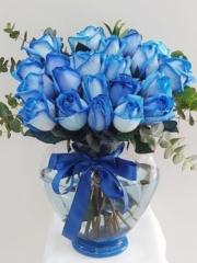 Kalpli Vazoda 21 Adet Mavi Gül